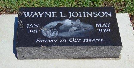 JOHNSON, WAYNE L. - Minnehaha County, South Dakota   WAYNE L. JOHNSON - South Dakota Gravestone Photos
