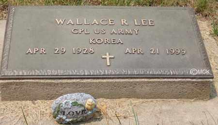 LEE, WALLACE R. - Minnehaha County, South Dakota | WALLACE R. LEE - South Dakota Gravestone Photos