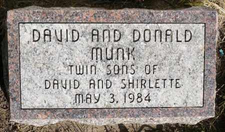 MUNK, DONALD - Minnehaha County, South Dakota   DONALD MUNK - South Dakota Gravestone Photos