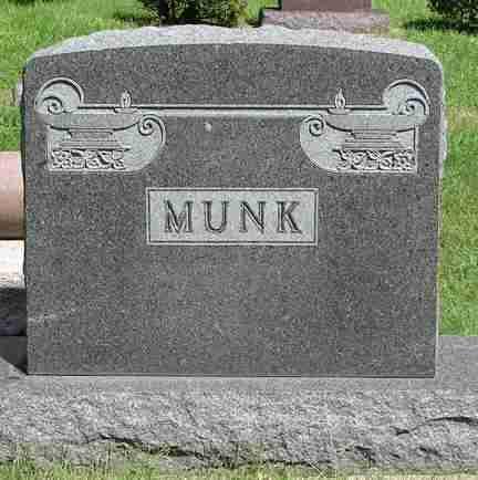 MUNK, FAMILY MARKER - Minnehaha County, South Dakota   FAMILY MARKER MUNK - South Dakota Gravestone Photos
