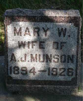 MUNSON, MARY W. - Minnehaha County, South Dakota | MARY W. MUNSON - South Dakota Gravestone Photos
