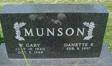 MUNSON, W. GARY - Minnehaha County, South Dakota | W. GARY MUNSON - South Dakota Gravestone Photos