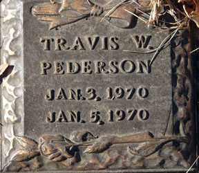 PEDERSON, TRAVIS W. - Minnehaha County, South Dakota | TRAVIS W. PEDERSON - South Dakota Gravestone Photos
