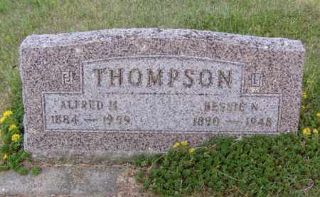 THOMPSON, BESSIE N. - Minnehaha County, South Dakota | BESSIE N. THOMPSON - South Dakota Gravestone Photos