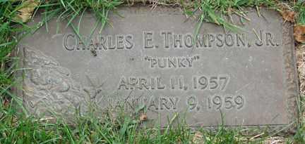 THOMPSON, CHARLES E. JR. - Minnehaha County, South Dakota | CHARLES E. JR. THOMPSON - South Dakota Gravestone Photos