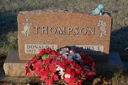 THOMPSON, DONALD L. - Minnehaha County, South Dakota | DONALD L. THOMPSON - South Dakota Gravestone Photos