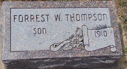 THOMPSON, FORREST W. - Minnehaha County, South Dakota   FORREST W. THOMPSON - South Dakota Gravestone Photos