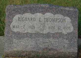 THOMPSON, RICHARD E. - Minnehaha County, South Dakota | RICHARD E. THOMPSON - South Dakota Gravestone Photos