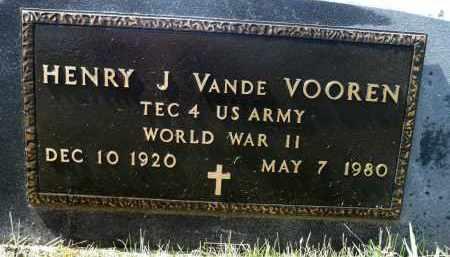 VANDE VOOREN, HENRY J. (WWII) - Minnehaha County, South Dakota   HENRY J. (WWII) VANDE VOOREN - South Dakota Gravestone Photos