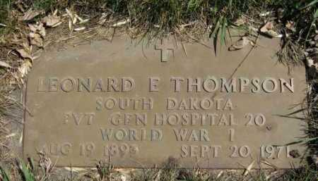 THOMPSON, LEONARD E (MILITARY) - Moody County, South Dakota | LEONARD E (MILITARY) THOMPSON - South Dakota Gravestone Photos