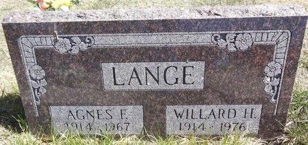 LANGE, WILLARD - Pennington County, South Dakota | WILLARD LANGE - South Dakota Gravestone Photos