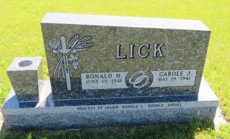 LICK, RONALD N - Roberts County, South Dakota | RONALD N LICK - South Dakota Gravestone Photos