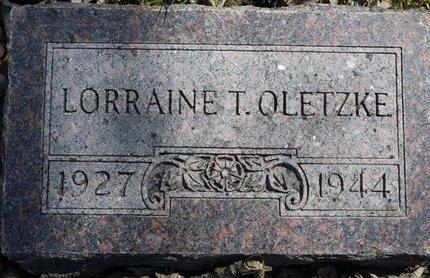 OLETZKE, LORRAINE T. - Roberts County, South Dakota   LORRAINE T. OLETZKE - South Dakota Gravestone Photos
