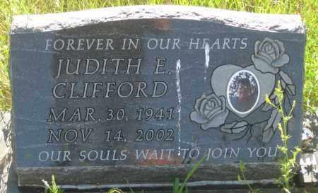 CLIFFORD, JUDITH  E. - Oglala Lakota County, South Dakota | JUDITH  E. CLIFFORD - South Dakota Gravestone Photos
