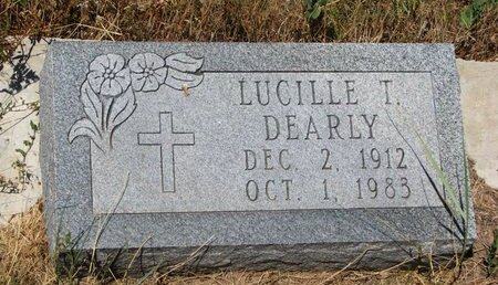 DEARLY, LUCILLE T. - Oglala Lakota County, South Dakota | LUCILLE T. DEARLY - South Dakota Gravestone Photos