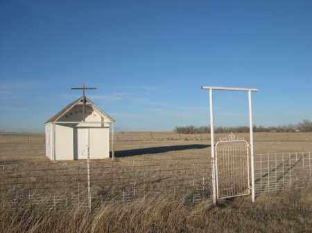*SWALLOW FAMILY CEMETERY, ENTRANCE TO - Oglala Lakota County, South Dakota   ENTRANCE TO *SWALLOW FAMILY CEMETERY - South Dakota Gravestone Photos