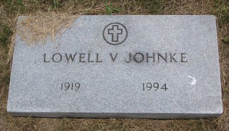 JOHNKE, LOWELL V. - Turner County, South Dakota | LOWELL V. JOHNKE - South Dakota Gravestone Photos
