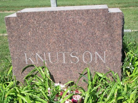 KNUTSON, *FAMILY MONUMENT - Turner County, South Dakota | *FAMILY MONUMENT KNUTSON - South Dakota Gravestone Photos