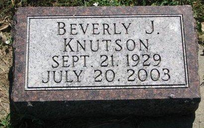 KNUTSON, BEVERLY J. - Turner County, South Dakota | BEVERLY J. KNUTSON - South Dakota Gravestone Photos