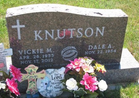 KNUTSON, VICKIE MARIE - Turner County, South Dakota | VICKIE MARIE KNUTSON - South Dakota Gravestone Photos