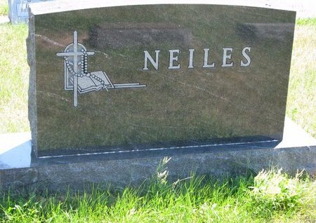 NEILES, *FAMILY MONUMENT - Turner County, South Dakota | *FAMILY MONUMENT NEILES - South Dakota Gravestone Photos