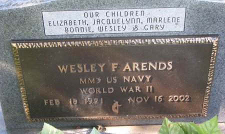 ARENDS, WESLEY F. (WORLD WAR II) - Union County, South Dakota | WESLEY F. (WORLD WAR II) ARENDS - South Dakota Gravestone Photos
