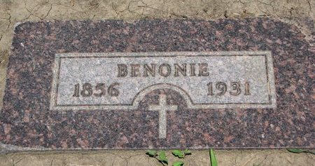 BERNARD, BENONIE - Union County, South Dakota | BENONIE BERNARD - South Dakota Gravestone Photos