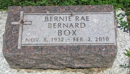 BERNARD BOX, BERNIE RAE - Union County, South Dakota | BERNIE RAE BERNARD BOX - South Dakota Gravestone Photos