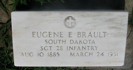 BRAULT, EUGENE E. (MILIRARY) - Union County, South Dakota | EUGENE E. (MILIRARY) BRAULT - South Dakota Gravestone Photos