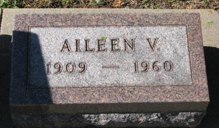 GRAVERSON, AILEEN V. - Union County, South Dakota | AILEEN V. GRAVERSON - South Dakota Gravestone Photos