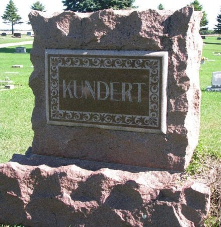 KUNDERT, *FAMILY MONUMENT - Union County, South Dakota   *FAMILY MONUMENT KUNDERT - South Dakota Gravestone Photos