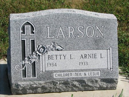 LARSON, BETTY L. - Union County, South Dakota | BETTY L. LARSON - South Dakota Gravestone Photos