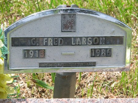 "LARSON, CHARLES FREDRICK ""FRED"" - Union County, South Dakota   CHARLES FREDRICK ""FRED"" LARSON - South Dakota Gravestone Photos"
