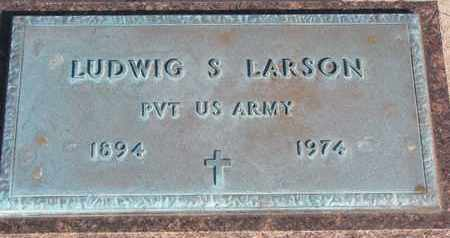 LARSON, LUDWIG S. (MILITARY) - Union County, South Dakota | LUDWIG S. (MILITARY) LARSON - South Dakota Gravestone Photos