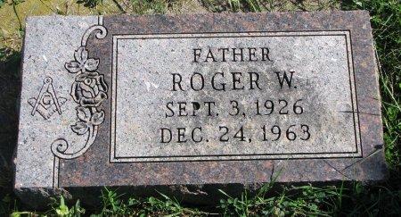 PRICE, ROGER W. - Union County, South Dakota | ROGER W. PRICE - South Dakota Gravestone Photos