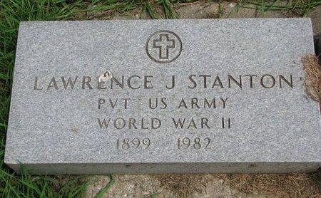 STANTON, LAWRENCE J. (WORLD WAR II) - Union County, South Dakota   LAWRENCE J. (WORLD WAR II) STANTON - South Dakota Gravestone Photos