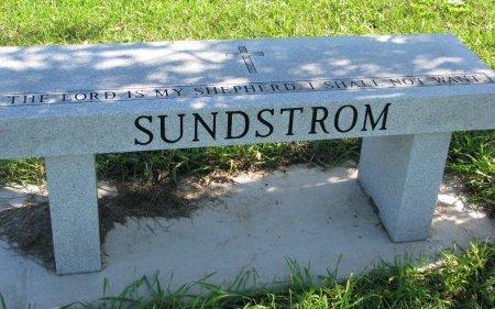 SUNDSTROM, *FAMILY MONUMENT - Union County, South Dakota   *FAMILY MONUMENT SUNDSTROM - South Dakota Gravestone Photos