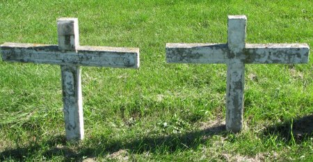 UNKNOWN CROSSES, UNKNOWN - Union County, South Dakota | UNKNOWN UNKNOWN CROSSES - South Dakota Gravestone Photos