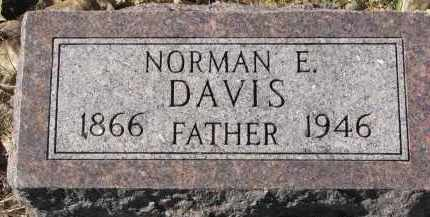 DAVIS, NORMAN E. - Yankton County, South Dakota   NORMAN E. DAVIS - South Dakota Gravestone Photos