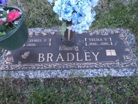 BRADLEY, VELMA V - Anderson County, Tennessee | VELMA V BRADLEY - Tennessee Gravestone Photos