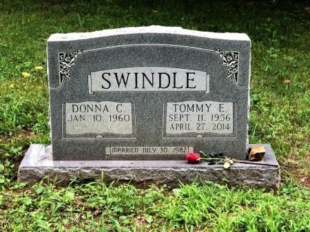 SWINDLE, TOMMY E. - Davidson County, Tennessee | TOMMY E. SWINDLE - Tennessee Gravestone Photos