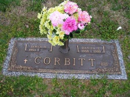EDWARDS CORBITT, DANITA GAYE - Hamilton County, Tennessee | DANITA GAYE EDWARDS CORBITT - Tennessee Gravestone Photos