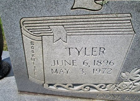 WOLFE, TYLER (CLOSE UP) - Hancock County, Tennessee | TYLER (CLOSE UP) WOLFE - Tennessee Gravestone Photos