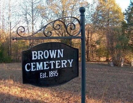*BROWN CEMETERY SIGN,  - Hardin County, Tennessee |  *BROWN CEMETERY SIGN - Tennessee Gravestone Photos