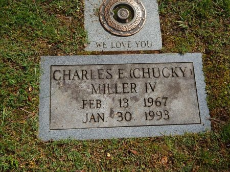"MILLER, CHARLES E IV ""CHUCKY"" - Knox County, Tennessee | CHARLES E IV ""CHUCKY"" MILLER - Tennessee Gravestone Photos"