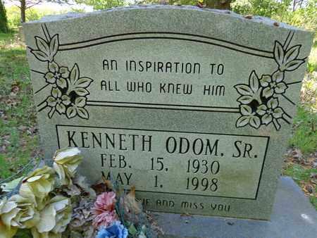 ODOM, KENNETH (SR) - Lewis County, Tennessee | KENNETH (SR) ODOM - Tennessee Gravestone Photos