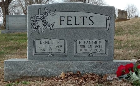 FELTS, ERNEST BURNEY - Montgomery County, Tennessee | ERNEST BURNEY FELTS - Tennessee Gravestone Photos