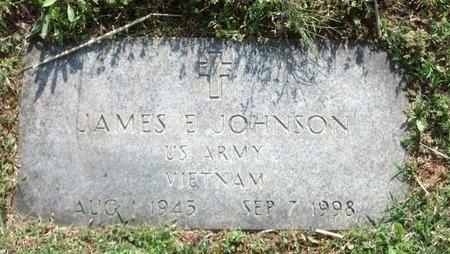 JOHNSON (VETERAN VIET), JAMES E. - Montgomery County, Tennessee | JAMES E. JOHNSON (VETERAN VIET) - Tennessee Gravestone Photos