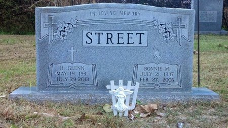 STREET, BONNIE M. - Montgomery County, Tennessee | BONNIE M. STREET - Tennessee Gravestone Photos