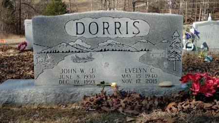 COLLINS DORRIS, EVELYN - Robertson County, Tennessee | EVELYN COLLINS DORRIS - Tennessee Gravestone Photos